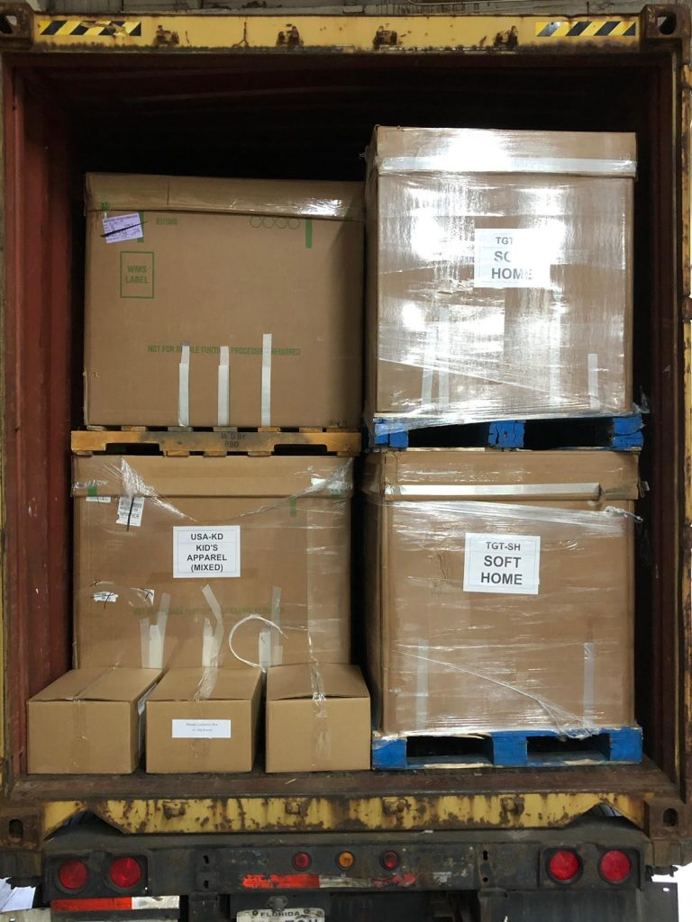 Clothing Truckload Liquidations Wholesale Shelf Pull