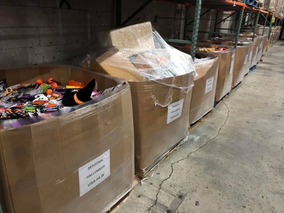 HALLOWEEN LIQUIDATION PALLETS